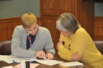students working through transferring to ESU
